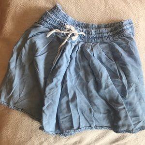 Gap flowy shorts/skort
